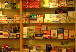 farbige Arzneimittelverpackungen